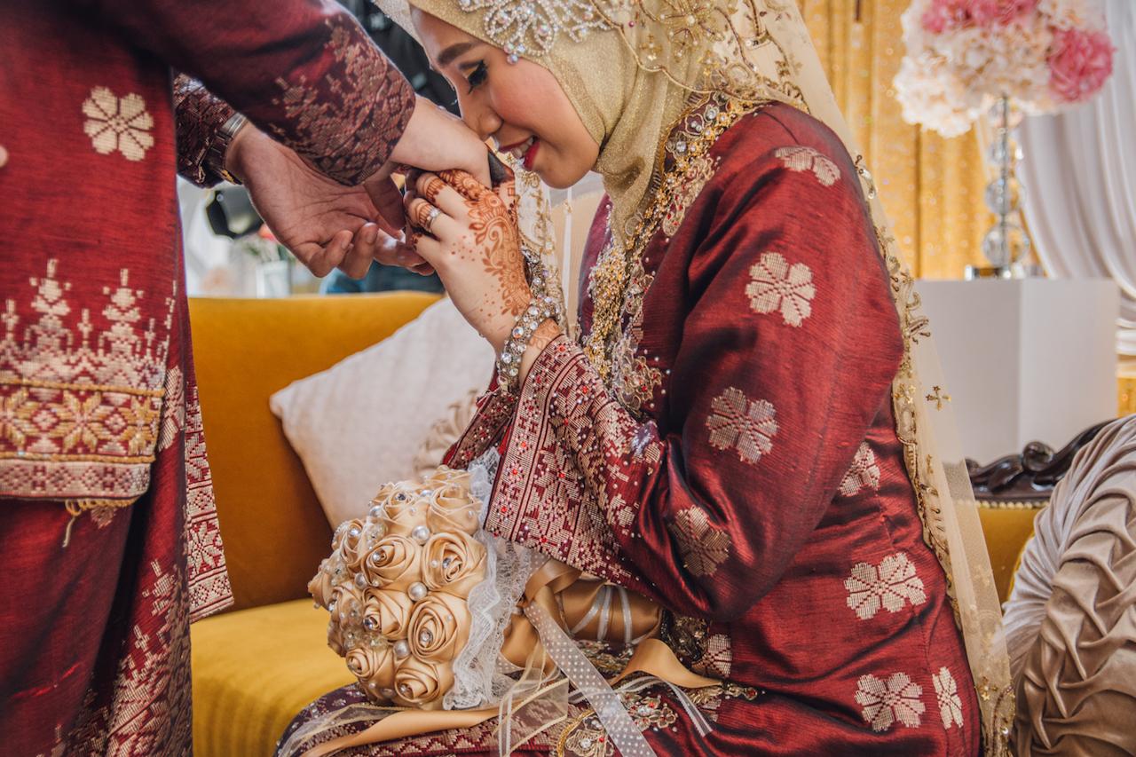 Understanding the Void Deck Wedding