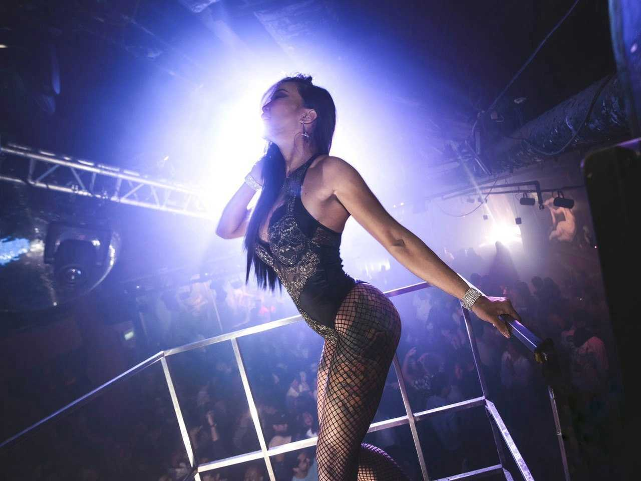 """""""We're The First To Go, Last To Come Back"""": The Precarious Lives Of Nightclub Dancers In A Pandemic"""
