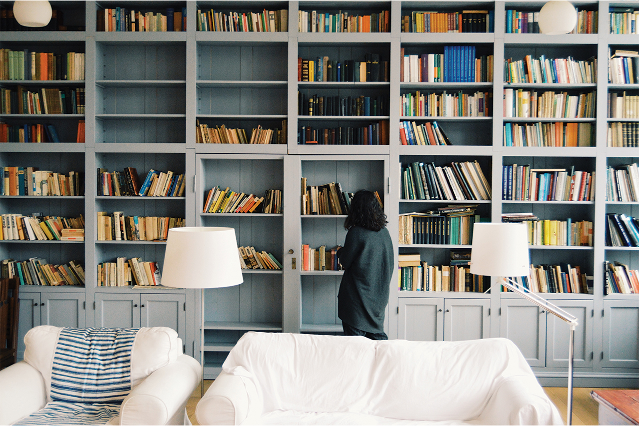 How Bookstagram, A Niche Instagram Community, Kept Online Debates Civil This Year